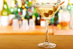 Dry Martini: A história em um copo