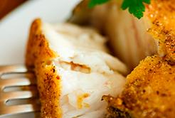 5 benefícios de comer peixe