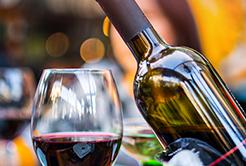 3 motivos para tomar um bom vinho no inverno
